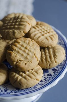 prettiest peanut butter cookies sweetened with maple and honey from Anecdotes and Apple Cores