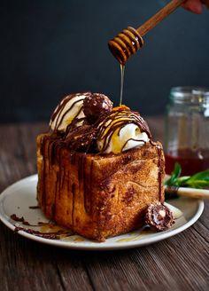 Nutella & Honey Shibuya Brick Toast