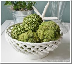 Pea and Moss Ball Tutorial