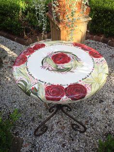 Nicole Miranda of Originally Nic is a Sydney Graphic and Visual Artist plus Ceramicist inspired predominantly by nature. Ceramic Artists, Country Style, Original Artwork, Ceramics, Bird, Outdoor Decor, Handmade, Inspiration, Ceramica