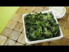 Check out this easy recipe for Garlic Pepper Kale Chips, featuring Tastefully Simples Garlic Pepper Seasoning.