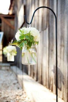 Inexpensive backyard wedding decor ideas 09