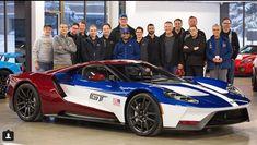 フォード役員専用カラーレースカーLM GTEと同じカラーリングのフォードGTがラインオフ