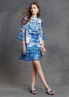 Dolce&Gabbana Pre-Fall 2015   #DGmaiolica evokes the Mediterranean blue and Sicilian traditions. #dgwomen