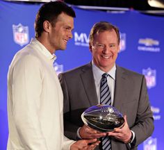 Judge orders Goodell, Brady appear in court Aug. 12, 19