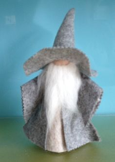 WIZARDPure Wool FeltGANDALFLord Of The RingsHand by HeartFeltDolls
