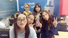 """A friend of mine sent me this picture earlier today. And I was like """"Wow, who is the cute girl in blue.......hey...,wait a minute;D"""" #selfietime #funny #guangzhou #awesome #cute #nomakeup #naturalhair #naturalbeauty Natural Beauty from BEAUT.E"""