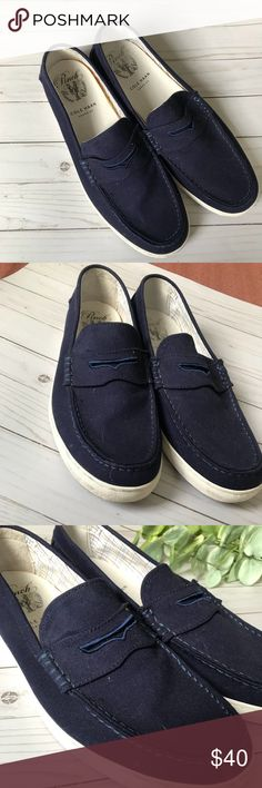 Size 12 Cole Haan Mens Boater Shoes Here is an excellent pair of gently worn Cole Haan Boaters Shoes. These Navy Blue kicks are great for spring and summer gatherings and are true to size! Cole Haan Shoes Boat Shoes