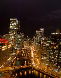 Chicago Skyline (contact www.janaelaverdiere.com)