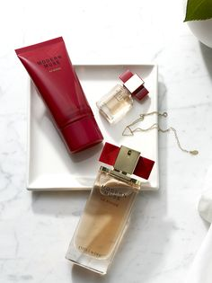 Because layering isn't just for sweaters. Modern Muse Le Rouge (THE perfume of the season) now comes in a body lotion (as well as a travel-perfect mini-me.) Get these limited edition gifts before they're gone!