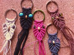 omg these are the cutest! Owl Patterns, Macrame Patterns, Hemp Jewelry, Jewelry Crafts, Crafty Craft, Crafty Projects, Crochet Lanyard, Diy Keychain, Keychains