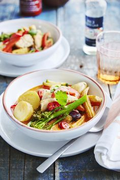Rode curry met aardappel en witte vis - Libelle Lekker