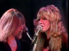 FLEETWOOD MAC Rhiannon (Live  Midnight Special 1976)