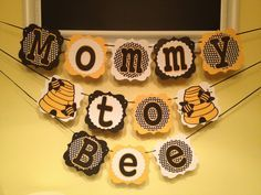 New baby shower ideas gender neutral mommy to bee ideas Several Easy Babyshower Ga Baby Shower Themes Neutral, Baby Shower Fun, Baby Shower Gender Reveal, Baby Shower Cakes, Baby Shower Parties, Baby Shower Gifts, Baby Showers, Mommy To Bee, Baby Shower Decorations