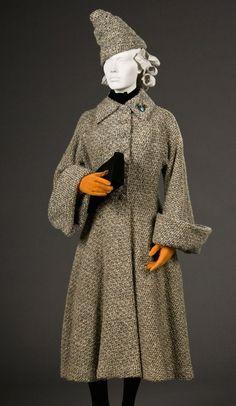 1938 1938 Fashion, Art Deco Fashion, Fashion Photo, Vintage Fashion, Vintage Style, Vintage Ladies, Vintage Dresses, Vintage Outfits, Cute Coats