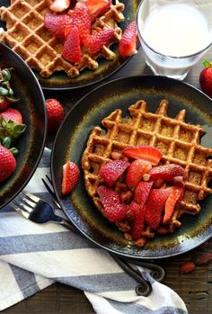 Treat yourself this morning with these clean-eating banana-oat waffles. They're light and crispy on the outside but fluffy on the inside.