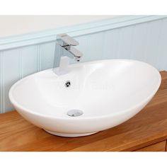 Ellipse+Oval+Countertop+Basin+-+The+Ellipse+is+our+largest,+boldest+oval+countertop+basin.+It's+shape+makes+it+ideal+for+the+wider+counter+tops,+saving+depth+by+integrating+a+single+tap+hole+into+the+basin.+