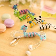 Cartoon Stitch Panda Cable Winder Protector Wire Cord Organizer protetor de cabo for iPhone 5 6 7 plus PC backpack sign Organizing Wires, Pet Organization, Cute Cartoon Animals, Cartoon Bear, Cable Organizer, Airpod Case, Bag Clips, Phone Gadgets, Cable Wire