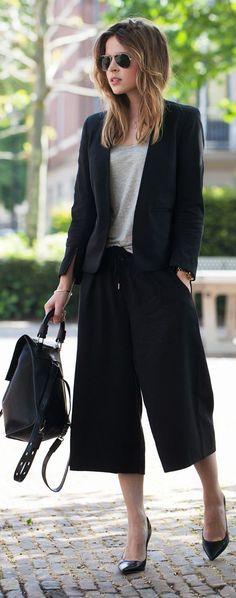 H&m Black Stylish Tailored Wide Leg Capri Pants by Fash n Chips
