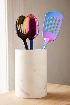 Equip your kitchen with Urban Outfitters dinnerware and bar accessories. Browse through our range of mugs, glasses, water bottles, utensils and tea sets. Kitchen Items, Home Decor Kitchen, Kitchen Utensils, Kitchen Stuff, Kitchen Design, Dorm Accessories, Kitchen Accessories, Irises, Rainbow Kitchen
