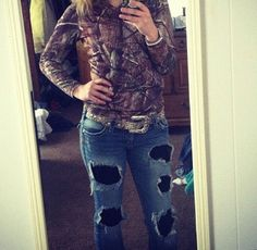 Country Girl outfit. REAL country putfit. Leggings under those pants. Class not trash. Real country girl