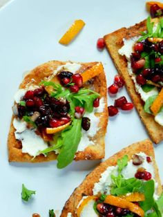 Pomegranate and Wildflower Honey Salsa Flatbread. This crowd-pleasing recipe is healthy and gorgeous! Try it!