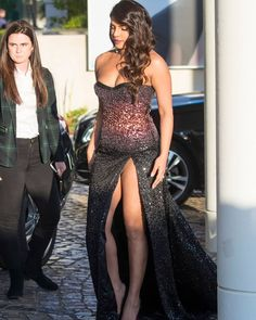 priyanka chopra best outfits - Page 56 of 101 - Celebrity Style and Fashion Trends Bollywood Actress Hot, Beautiful Bollywood Actress, Most Beautiful Indian Actress, Bollywood Fashion, Bollywood Oops, Bollywood Bikini, Actress Priyanka Chopra, Priyanka Chopra Hot, Indian Celebrities