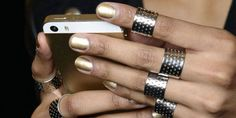 The Fashion Apps To Download Now - Best Fashion Apps For Your Phone - Harper's BAZAAR