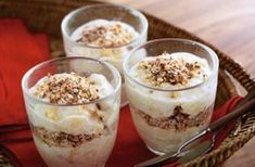 Get inspired with our delicious recipes for you to cook with your children. Like this banana, yogurt and toasted oat pots recipe. Find more at Tesco Real Food. Nutritious Breakfast, Eat Breakfast, Breakfast Ideas, Baking Recipes, Dessert Recipes, Ww Recipes, Family Recipes, Overnight Oats In A Jar, Toasted Oats