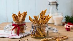 Brune Pinner - Oppskrift fra TINE Kjøkken Winter Solstice, Kefir, Christmas Cookies, Sweet Tooth, Deserts, Food And Drink, Appetizers, Xmas, Snacks