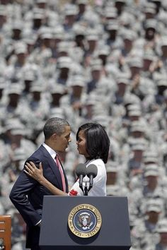 Wow! Michelle Obama, Michelle Le, First Black President, Mr President, Black Presidents, American Presidents, Joe Biden, Durham, Presidente Obama