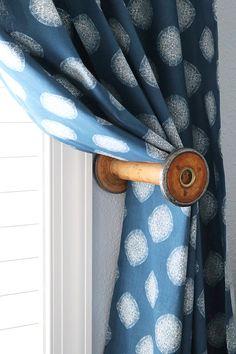 use a vintage thread spool as a curtain tie back! Cabin Curtains, Diy Curtains, Hanging Curtains, Eclectic Curtains, Gypsy Curtains, Wooden Spool Crafts, Wood Spool, Curtain Tie Backs Diy, Curtain Ties