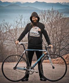 TBTW  CONSTANTINE  @FedericoIovanovich graphic designer  @CONSTANTINEbikes frame  team @TrackBikeTotalWar   @nowheresyl . by father_tu