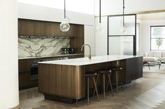 Elegant Minimalism in a Fashion Designer's Sydney Home - Architectural Digest Decor, Interior, Ceiling Decor, Art Deco Interior, Home Decor, Elegant Minimalism, Australian Interior Design, Interior Deco, Kitchen Design