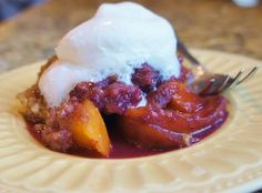 This Slow Cooker Peach Blueberry Crisp is the perfect summer fruit crisp recipe. Make it with fresh peaches and blueberries (or canned or frozen fruits off season), along with oats, brown sugar, cinnamon, butter, and other simple ingredients.