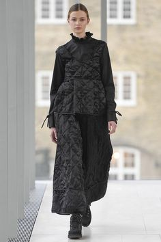 See the complete Cecilie Bahnsen Copenhagen Fall 2017 collection. See the complete Cecilie Bahnsen Copenhagen Fall 2017 collection. Dark Fashion, Boho Fashion, High Fashion, Fashion Show, Womens Fashion, Gothic Fashion, Fashion 2017, Runway Fashion, Fashion Outfits