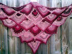 FAN shawl ( free pattern )