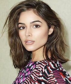 Pinterest: DEBORAHPRAHA ♥️ Olivia culpo messy hair and natural makeup #oliviaculpo