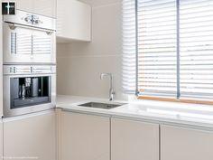 Blaty do kuchni realizacja jasny naturalny kamień #kitchen #design #kuchnia #granite #marble