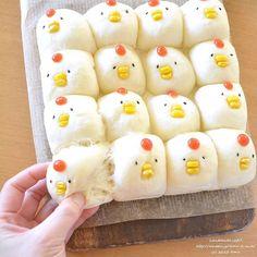 可愛すぎてちぎれない♡話題の「にわとりちぎりパン」が気になる - Locari(ロカリ)