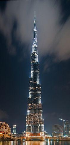 Burj Khalifa, Dubai, United Arab Emirates - tallest building in the world...Cool..el