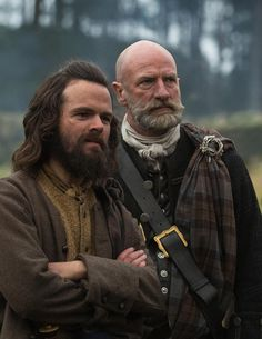 "Angus Mhor (Stephen Walters) and Dougal MacKenzie (Graham McTavish) in Outlander on Starz | Episode 105 ""Rent"""