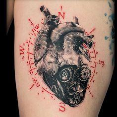 mechanical heart with compass tattoo … mechanisches Herz mit Kompass Tattoo Tattoos Bras, Car Tattoos, Badass Tattoos, Mini Tattoos, Body Art Tattoos, Tattoo Drawings, Small Tattoos, Sleeve Tattoos, Tatoos