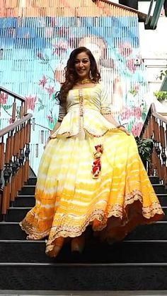 Party Wear Indian Dresses, Designer Party Wear Dresses, Party Wear Lehenga, Indian Gowns Dresses, Dress Indian Style, Indian Fashion Dresses, Indian Wedding Outfits, Indian Designer Outfits, Indian Outfits