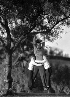 Buster Keaton and sons - An AWESOME Mans Life
