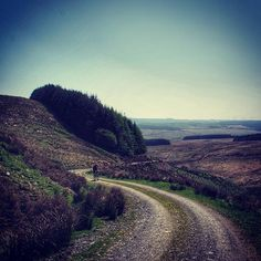 #tbt to the stunning sunny #welshridething who knew #wales could be so sunny  -  #bicycling #bearbones #Wales #midwales #biketravel #adventurecycling #biketour #touring #outdoors #ridewithpurpose #adventure #ride  #neverstopexploring  #sussexmtb #GetOutside #ridemoreworkless #ukmtb #bikewander