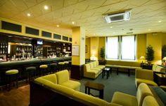 Bar salón. Saloon bar hotel La Barracuda. Torremolinos