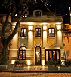 Miravida Soho Hotel in Buenos Aires #luxetravel #luxurystylist www.twitter.com/luluamin