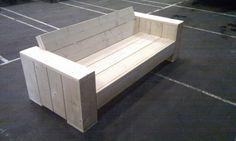 Maak zelf goedkoop uw loungebank van steigerhout met deze stap voor stap bouwtekening.