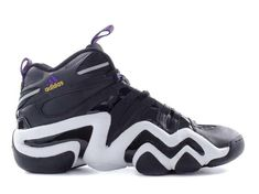 Some of the best basketball players have worn some of the best basketball shoes. From Converse All Stars to Air Jordans, these kicks stand out from the rest. Top Basketball Shoes, Basketball Players, Kicks Shoes, Black Mamba, Classic Sneakers, Converse All Star, Kobe Bryant, Shoe Game, Air Jordans